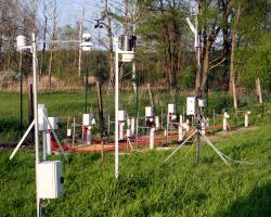 Monitoring of soil humidity and temperatures